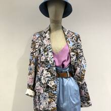 New arrivals.... new collection 🌸 Giacca Dixie €169 Pantaloni Dixie €89 Top Vicolo €42 Acquista su www.closerstore.it e per info: Direct o Whatsapp 3495274138 #newcollection #dixieofficial #flowers• • • 👗 #ootd #outfitoftheday #toptags #lookoftheday #fashion #fashiongram #outfitinspo #outfitgoals #outfitinspiration #currentlywearing #lookbook #metoday #whatiwore #whatiworetoday #ootdshare #outfit #clothes #portraitmood #mylook #fashionista #todayimwearing #instastyle #instafashion #outfitpost #fashionpost #todaysoutfit #fashiondiaries