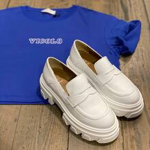 New arrivals.... new collection 💙 T-shirt Vicolo €37 Scarpe Ovye €125 Visita il nostro sito www.closerstore.it e per info: Direct o Whatsapp 3495274138 #newcollection @ovyebycristinalucchi #vicoloofficial #shoes #spring #white • • • 👗 #ootd #outfitoftheday #toptags #lookoftheday #fashion #fashiongram #outfitinspo #outfitgoals #outfitinspiration #currentlywearing #lookbook #metoday #whatiwore #whatiworetoday #ootdshare #outfit #clothes #portraitmood #mylook #fashionista #todayimwearing #instastyle #instafashion #outfitpost