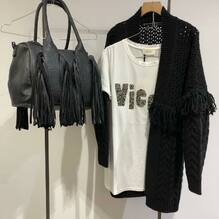 New arrivals.... new collection 🖤 Approfitta del Black Friday.....-20% Cardigan A.D. €115 -20% €92 T-shirt Vicolo €49 -20% €38,20 Borsa Nali €89 -20% €71,20 Visita il nostro sito www.closerstore.it e per info e spedizioni gratuite: Direct o Whatsapp 3495274138 #newcollection #blackfriday #vicoloofficial • • • 👗 #ootd #outfitoftheday #toptags #lookoftheday #fashion #fashiongram #outfitinspo #outfitgoals #outfitinspiration #currentlywearing #lookbook #metoday #whatiwore #whatiworetoday #ootdshare #outfit #clothes #portraitmood #mylook #fashionista #todayimwearing #instastyle #instafashion #outfitpost #fashionpost #todaysoutfit #fashiondiaries