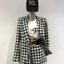 New arrivals.... new collection ❤️ Completo Vicolo €244 T-shirt Vicolo €35 Cintura Vicolo €65 Cappello Vicolo €24 Visita il nostro sito www.closerstore.it e per info: Direct o Whatsapp 3495274138 #newcollection #vicoloofficial #blackandwhite #girl #spring • • • 👗 #ootd #outfitoftheday #toptags #lookoftheday #fashion #fashiongram #outfitinspo #outfitgoals #outfitinspiration #currentlywearing #lookbook #metoday #whatiwore #whatiworetoday #ootdshare #outfit #clothes #portraitmood #mylook #fashionista #todayimwearing #instastyle #instafashion #outfitpost #fashionpost