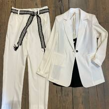 New arrivals..... new collection 🌴 Giacca Souvenir €109 Pantaloni Souvenir €99 Top Vicolo €42 Acquista su www.closerstore.it e per info: Direct o Whatsapp 3495274138 #newcollection #souvenirofficial #white • • • 👗 #ootd #outfitoftheday #toptags #lookoftheday #fashion #fashiongram #outfitinspo #outfitgoals #outfitinspiration #currentlywearing #lookbook #metoday #whatiwore #whatiworetoday #ootdshare #outfit #clothes #portraitmood #mylook #fashionista #todayimwearing #instastyle #instafashion #outfitpost #fashionpost #todaysoutfit #fashiondiaries